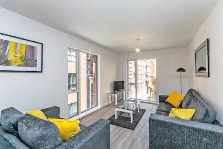 Halo House City Centre Luxury 2 bedroom apartment