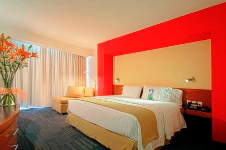 Bright Room Standard At Expo