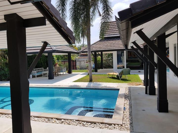 2 studio de 35 m2 avec piscine