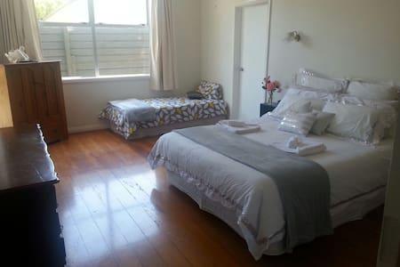 Memory Villa Lodge - Waitara