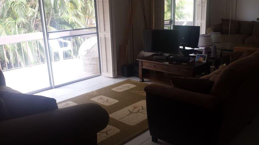 A Short Get Away From the Beach - Delray Beach - Appartement en résidence