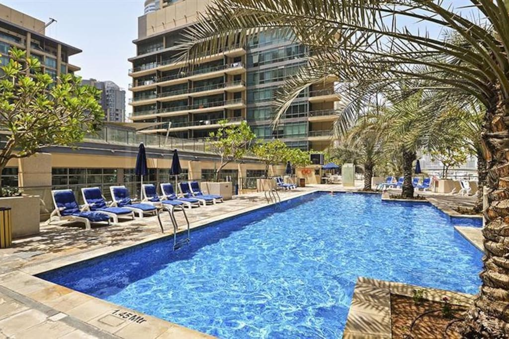1 bed apt 6 adults in al majara dubai marina The address dubai marina swimming pool