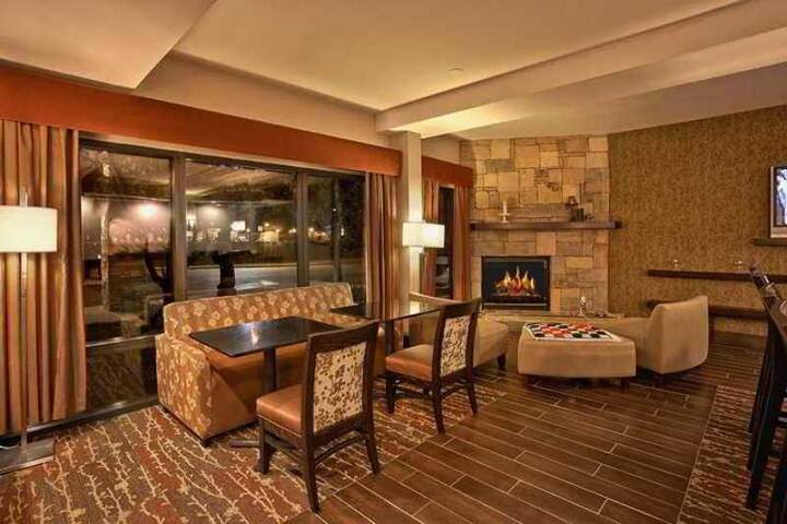 Boutique Double Two Double Beds Non Smoking At Sevierville