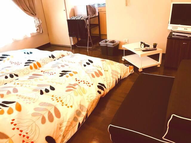 お布団2組と折り畳み式のソファーベッド