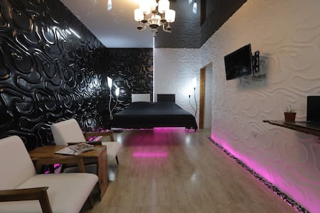 Super Apartment,Wifi, Free transfer,  Registration