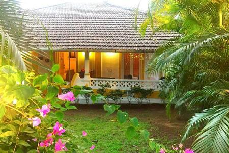 Sundays Forever - Casa BuganVillas, Goa - Aldona - Villa