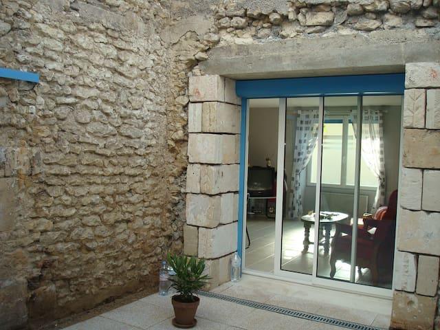 Le Chaie des Julia - Mortagne-sur-Gironde - House