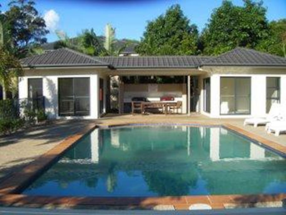 Pool, BBQ, Private Dining and bathroom facilities.
