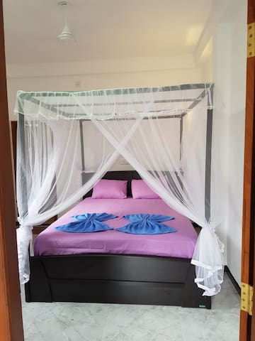 Suren guest house-private room no.1-100m to beach