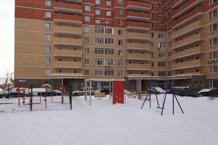 Однокомнатная квартира, 47 м², 7/19 эт. - Lobnya - Apartment