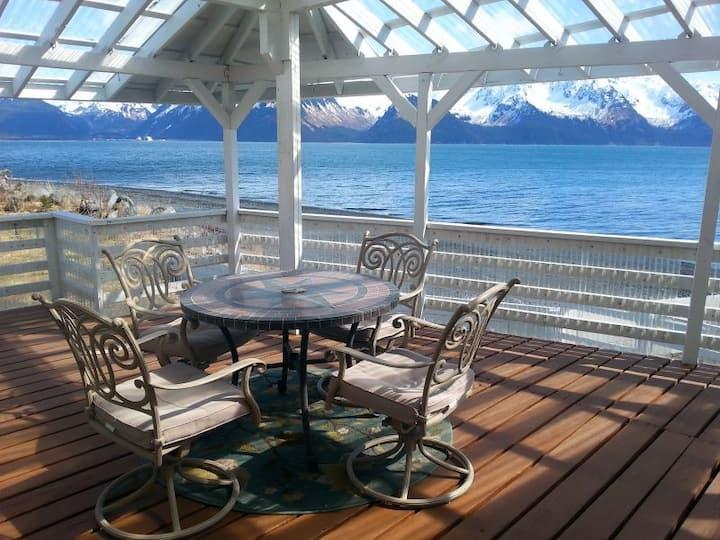 Oceanfront Inn Private Suite