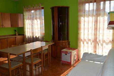 casa vacanze Acerno - Acerno - อพาร์ทเมนท์