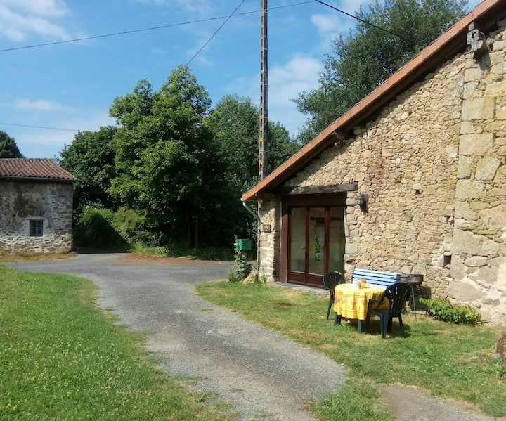 Gîte in idyllic setting