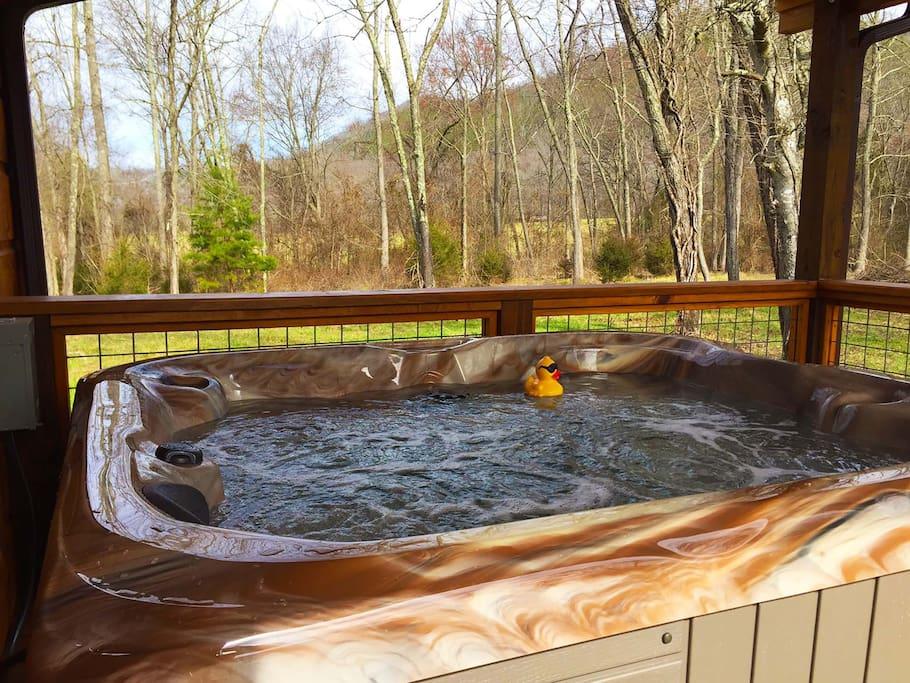 Hot tub at MoonDance