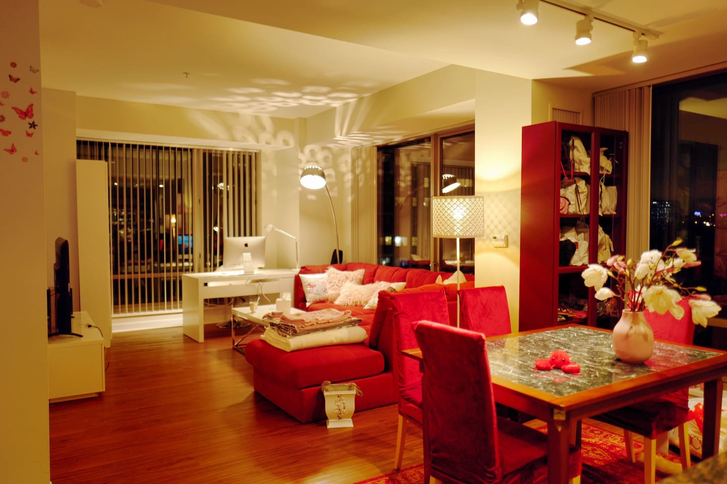 The bright and spacious home with the chic living room and the dining area. How lovely it is!