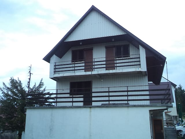Apartmani Zekovic Zabljak A1