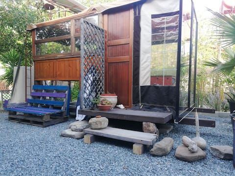 Zen Tiny Home experience life off Grid