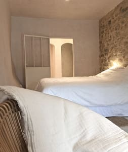 Lovely room designed by amdesigns - Boulbon