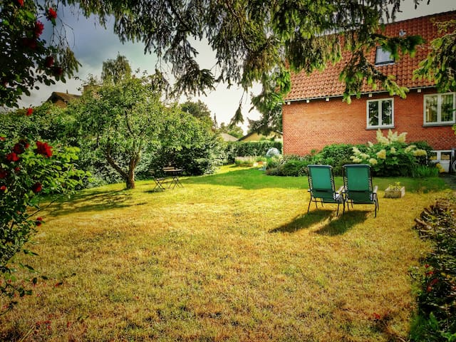 Garden Paradise: 15min to CPH Central Station. - Hvidovre - House