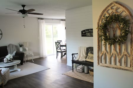 """Magnolia Farmhouse"" inspired 2-bedroom duplex"