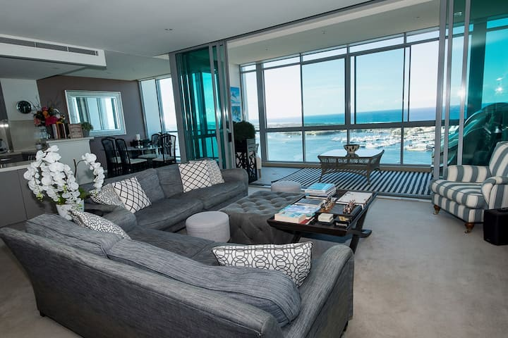 THE MOST STUNNING PENTHOUSE 31st FL GOLD COAST