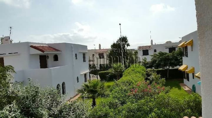 Villa climatisee avec piscine a 100 m de la mer