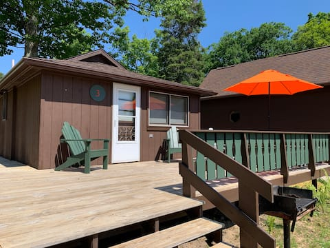 Where the Glen Lakes meet: Hill Haven Cabin 3