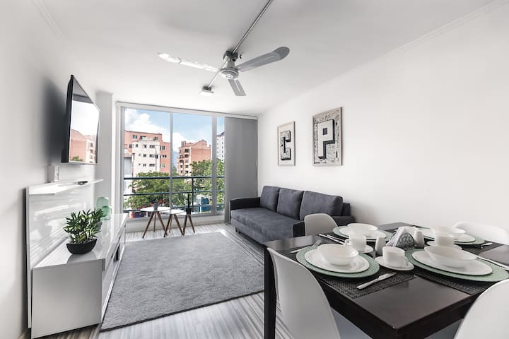 ⭐Cerro Nutibara Apartment | Close to Everything!⭐