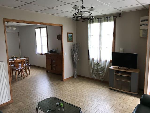 T2 spacieux et lumineux - Pont-Sainte-Maxence - Apartemen