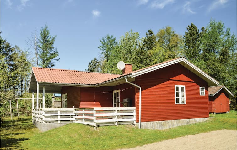 Holiday cottage with 3 bedrooms on 75m² in Løgstør