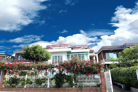 여수 유리네 하우스  2층전체~ #여수 루지 ,디오션워터파크 인접