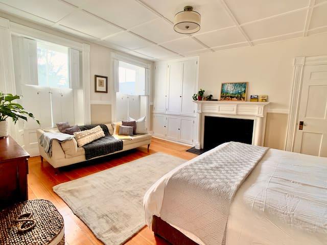 Bedroom 3: Cal-king bed, a large light-filled room