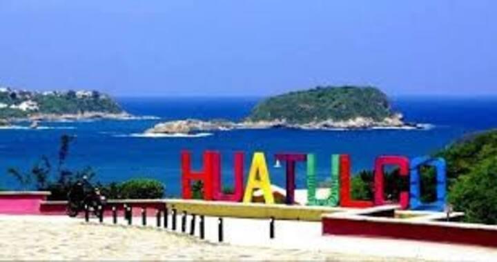 CASA BETANZOS EN BAHÍAS DE HUATULCO.