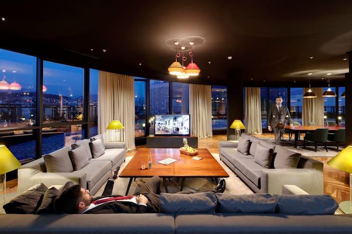 Luxury Penthouse + Breakfast included