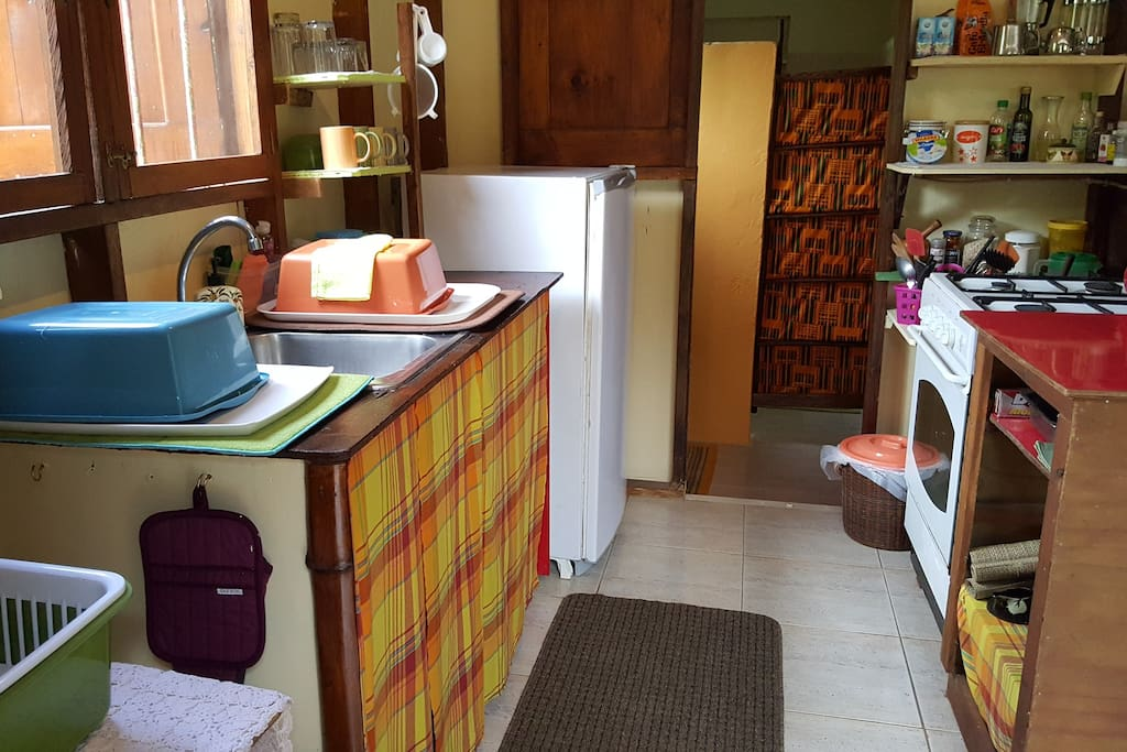 """Orange."" Complete kitchen. Gas stove and refrigerator. Late arrival? Don't worry - something in-house to get you through the evening and for breakfast."