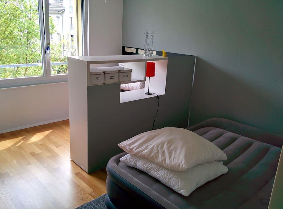 Gästezimmer (Luftbett)