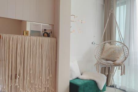 大艺术家之家| 东街口 三坊七巷,百寸投影 高层 乳胶大床
