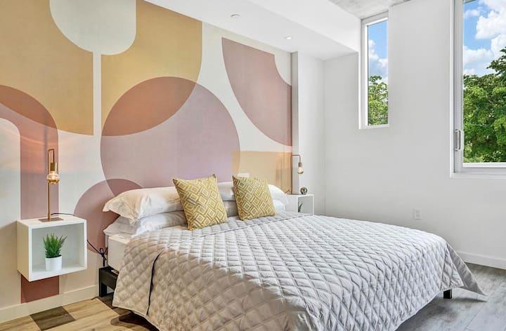 Stunning Design District Apartment 209