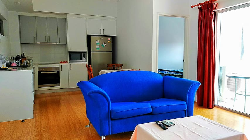Convenience northbridge apartment near Perth city