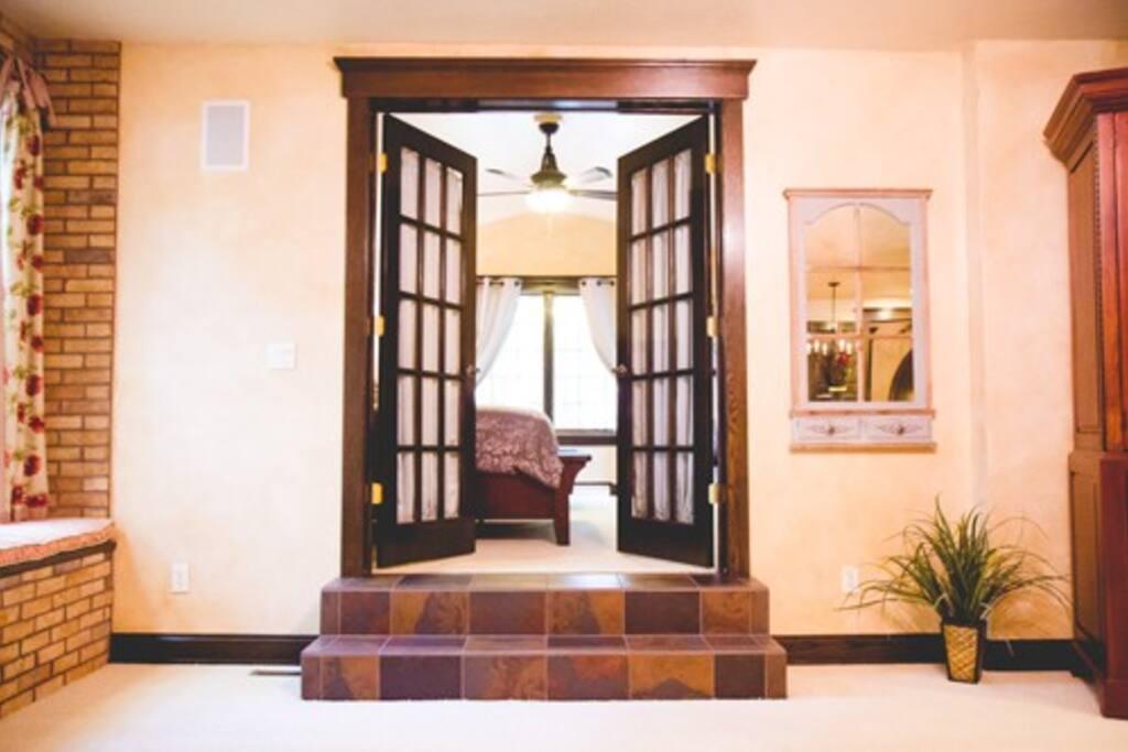 Entrance into the GARDEN Suite