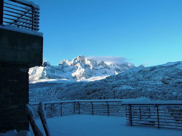Casa en el Pirineo de Huesca - Panticosa - Apartemen