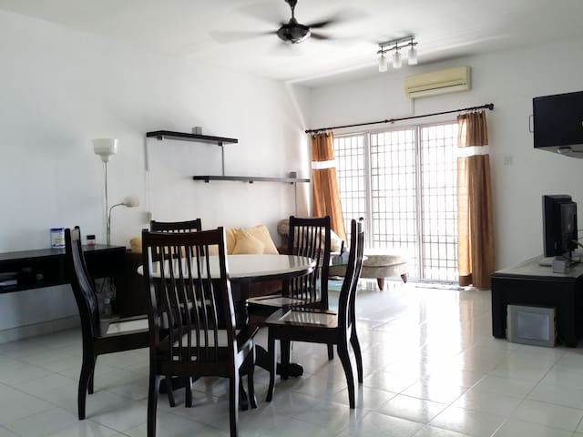 Night Holiday Home, up to 6 pax @ Butterworth - Butterworth - Pis