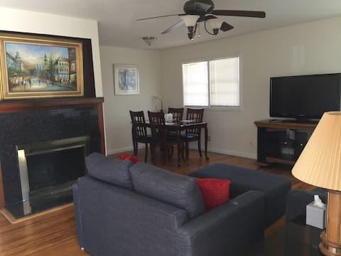 Cozy 3B/2B House Redwood City (long term discount)
