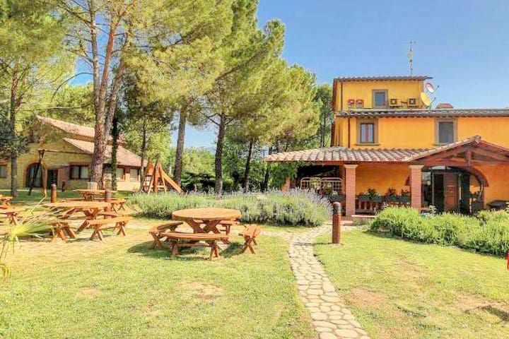 Luxurious Cottage in Loro Ciuffenna with Fitness Room