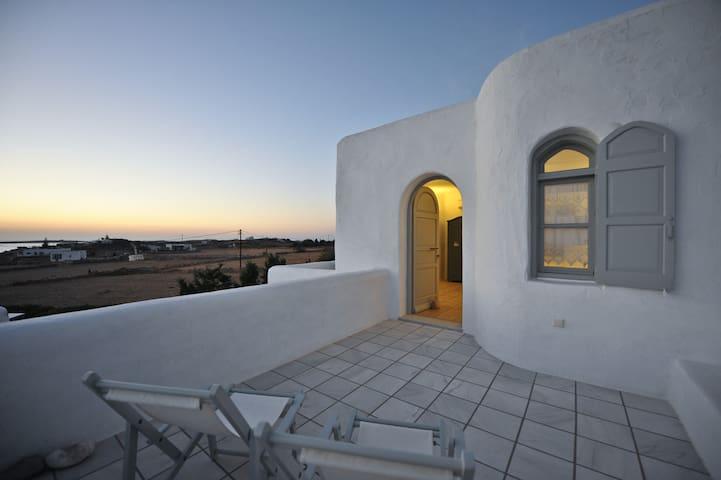 MariArt Cycladic Villas - Ostria (Studio)