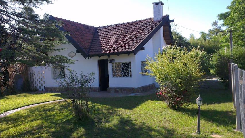 Excelente casa para descansar. - Parque del Plata - Hus
