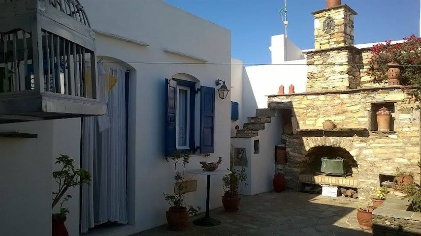 Apartment in the center of Artemonas, Sifnos - Milos - Apartamento