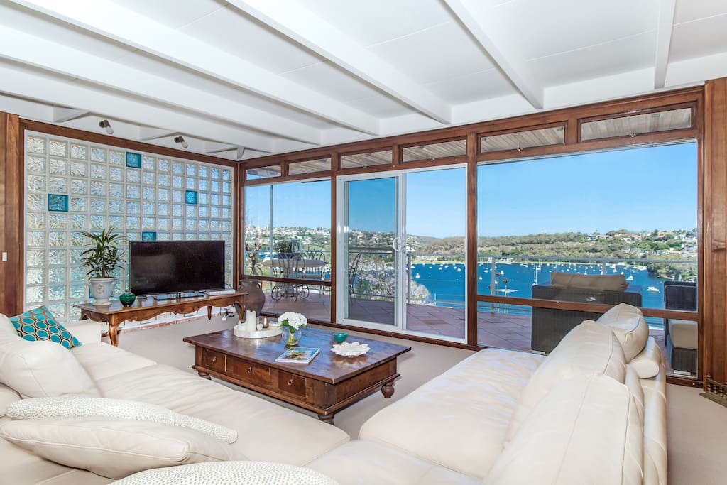 Expansive Living Area with Expansive Views