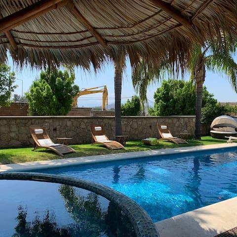 Casa en Gran Reserva con Alberca y Jacuzzi Privado