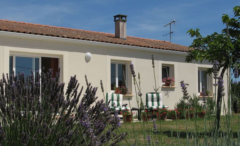 Holiday home in beautiful Charente-Maritime